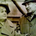 С лева бабушка Кунина (Пилипук) Татьяна Лукинична, с лева дедушка Кунин Капитон Михайлович